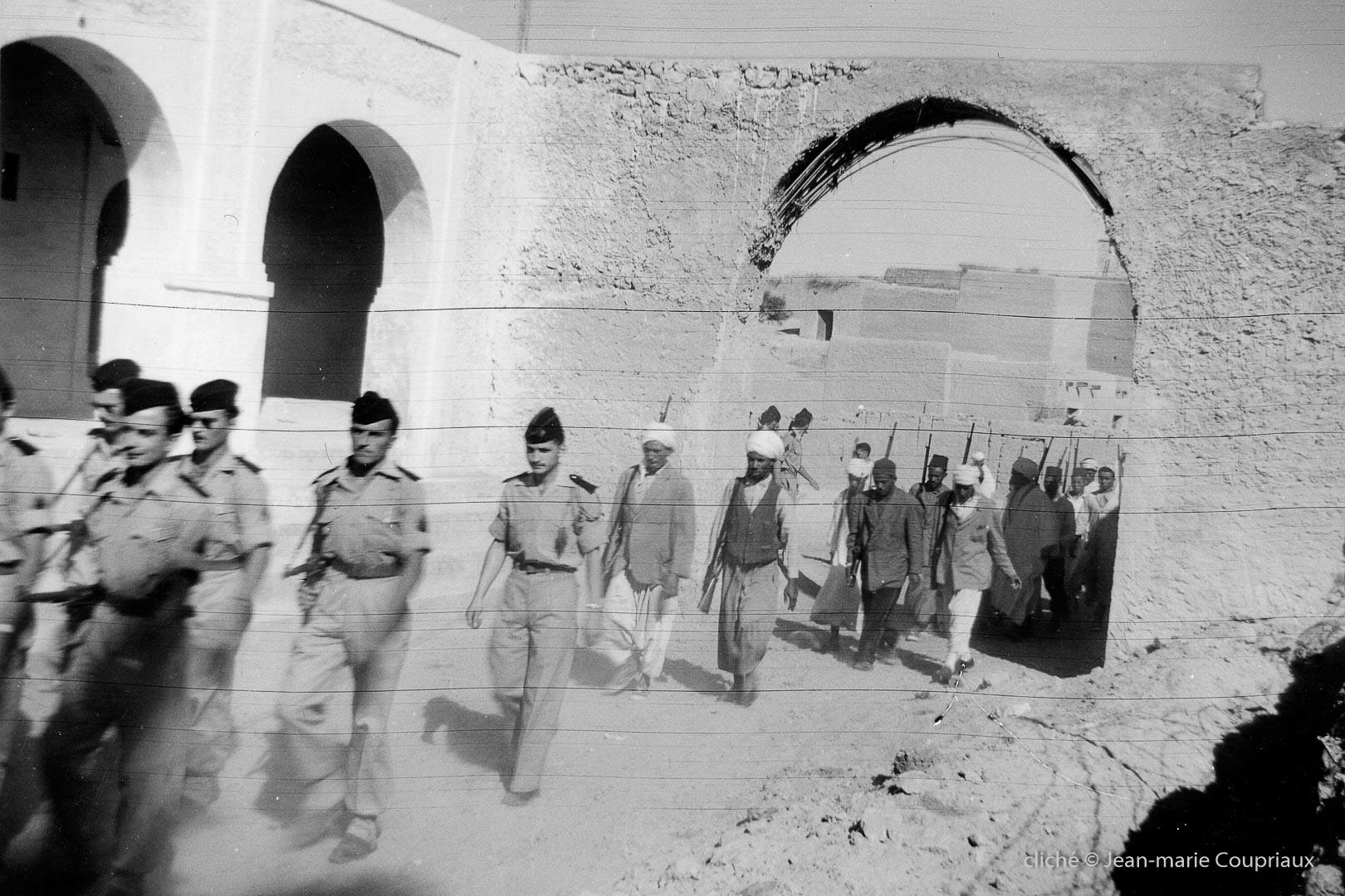 129-Algérie-Ferkane-1957-porte