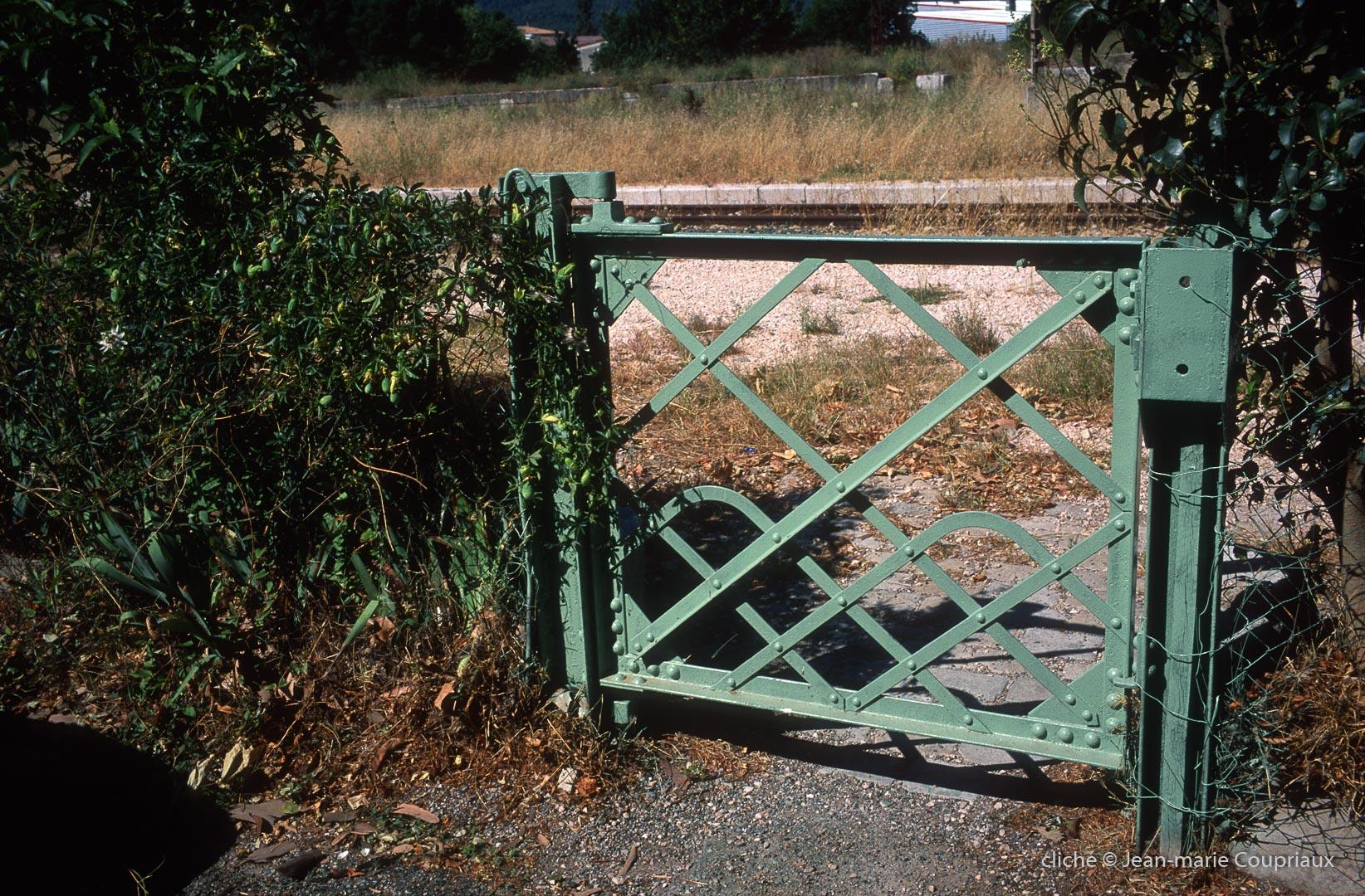 Brignoles_gare2006_10
