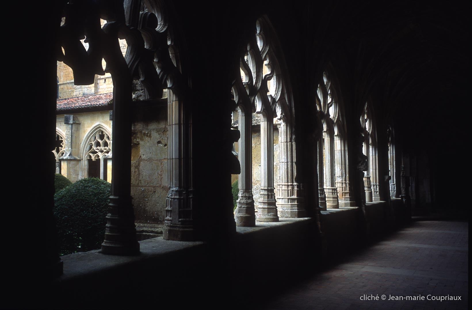 Cisterciens-Calouin-2003-4