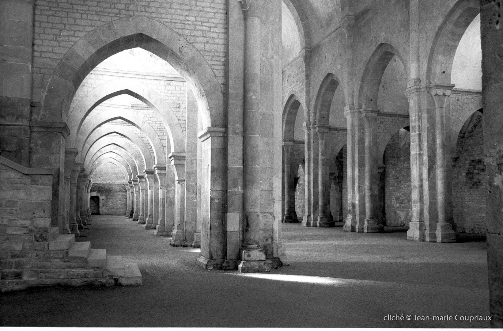 Cisterciens-Fontenay_1998-3