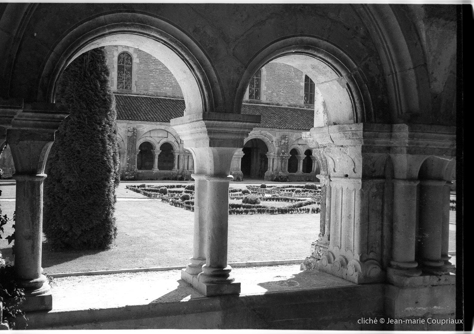 Cisterciens-Fontenay_1998-4