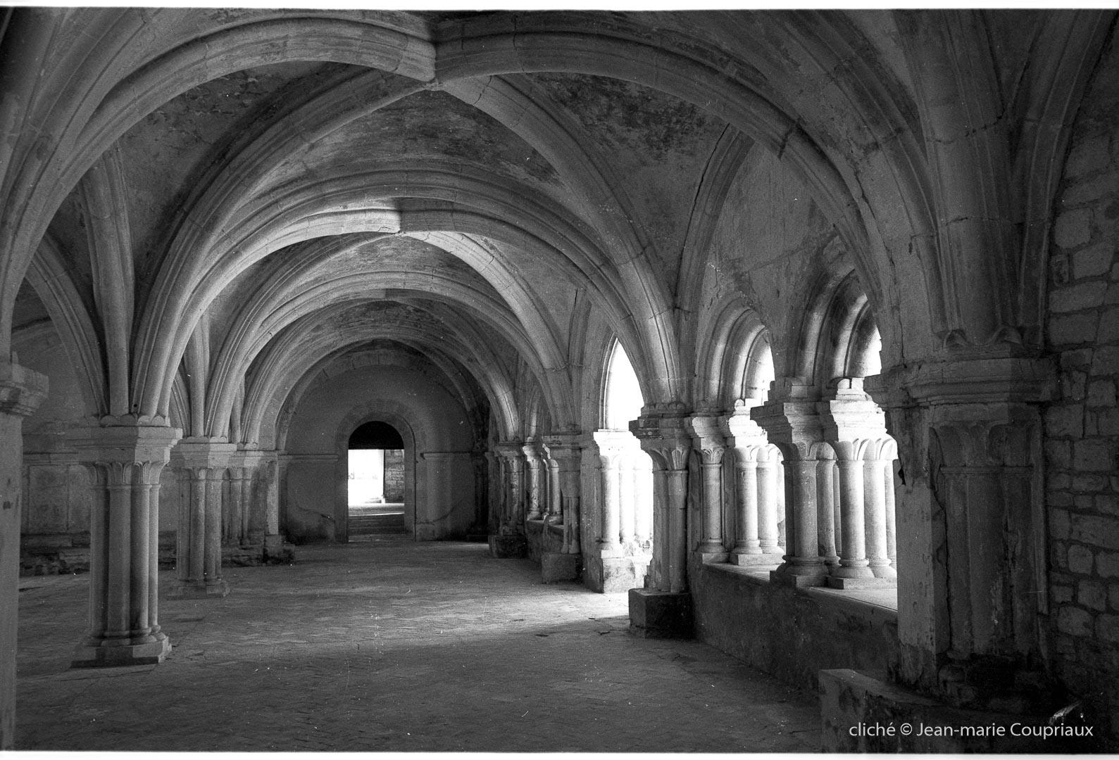 Cisterciens-Fontenay_1998-6