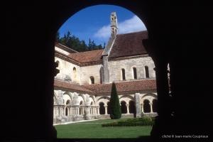 Cisterciens-Fontenay-2