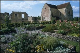 Cisterciens-Noirlac_2002-1
