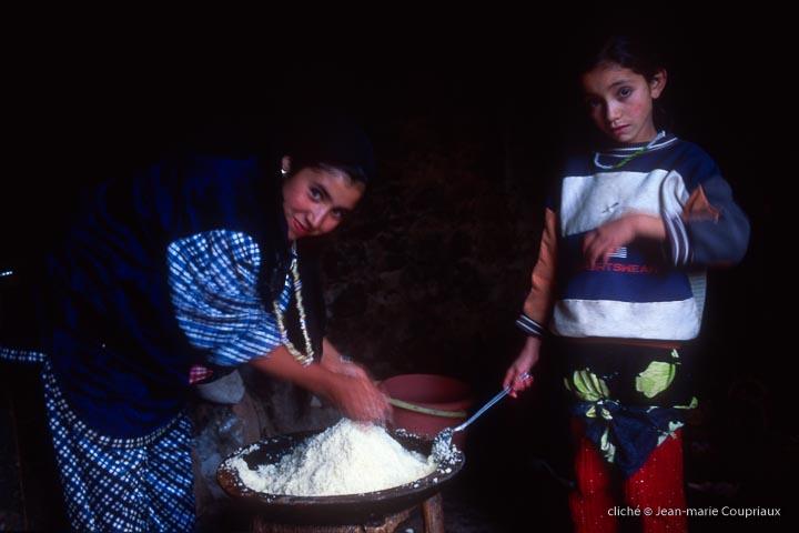 1998-99_Toubkal-697