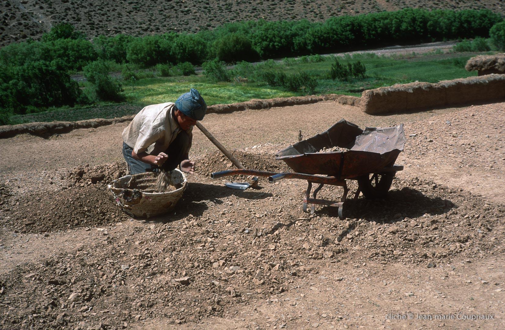 1999_Mgoun-6