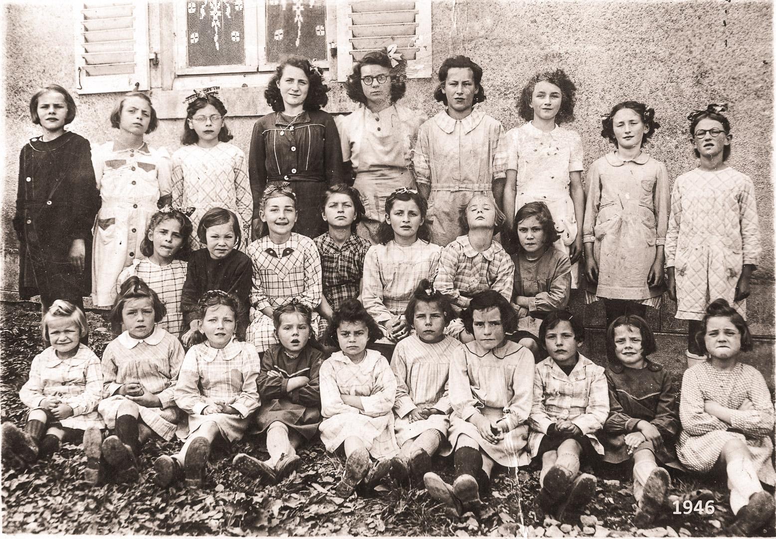 1946_Ecole-Mnx_Henriette_tir