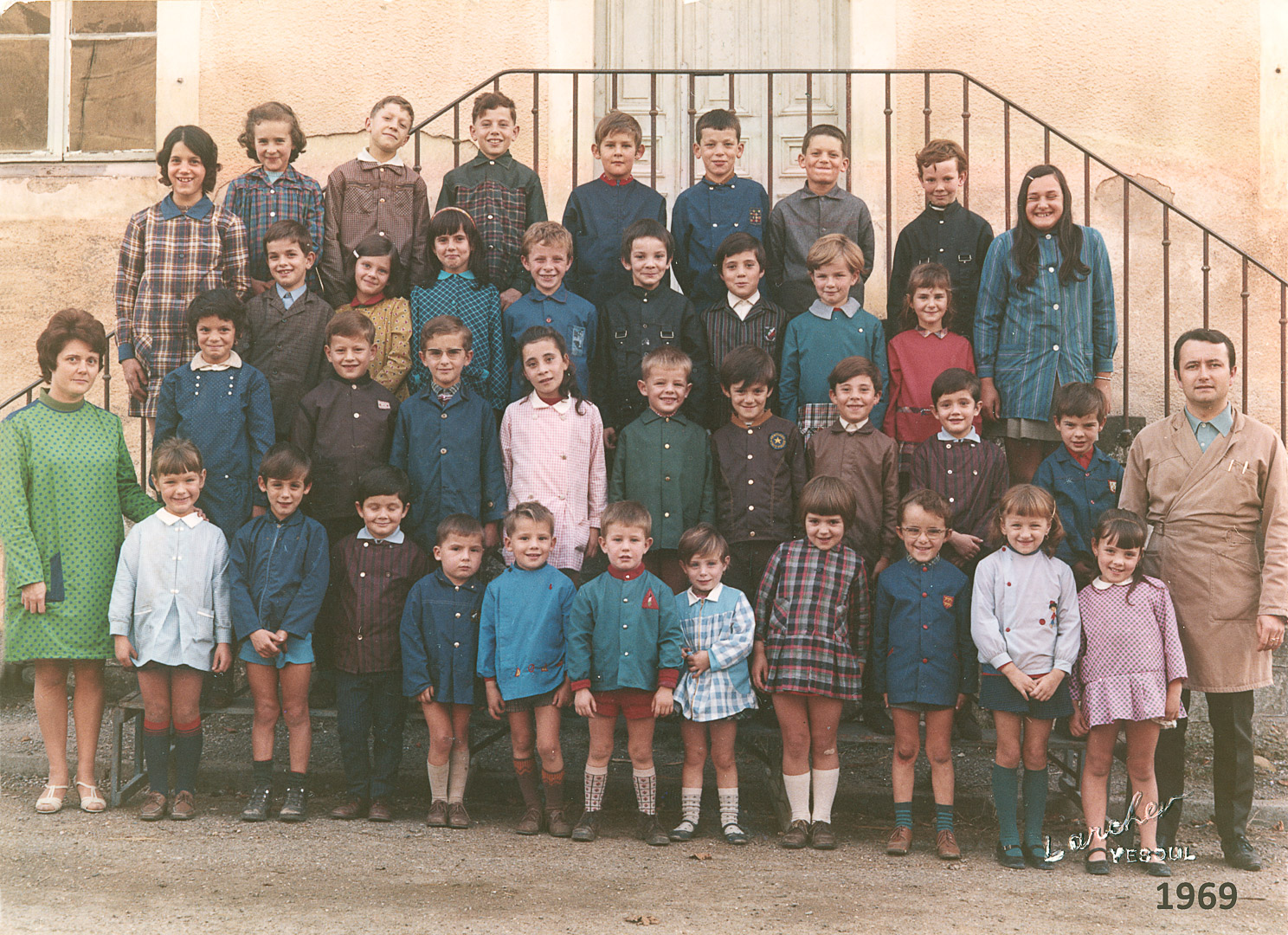 1969-Ecole-Mnx-color